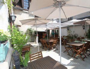 Resto-Mezieres-Boeuf-couronne-terrasse