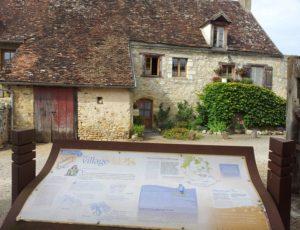 Sentier de découverte au fil de Château Guillaume