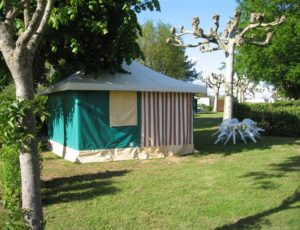 St AMAND MONTROND camping 042