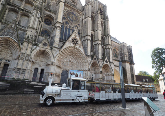 TRAINBOURGES2