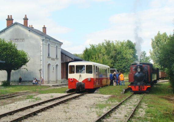 Train touristique du Bas-Berry1