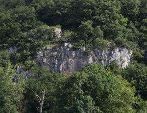 Vue sur les falaises de la Creuse à partir de Mijault à Sauzelles
