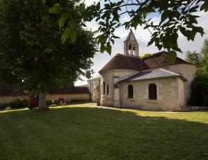 Rive gauche, rive droite – En passant devant l'églsie de Preuilly-la-Ville