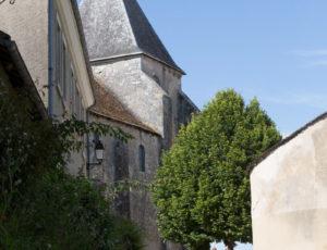 Chemin d'eau, chemin de fer – Dans les ruelles à Château Naillac