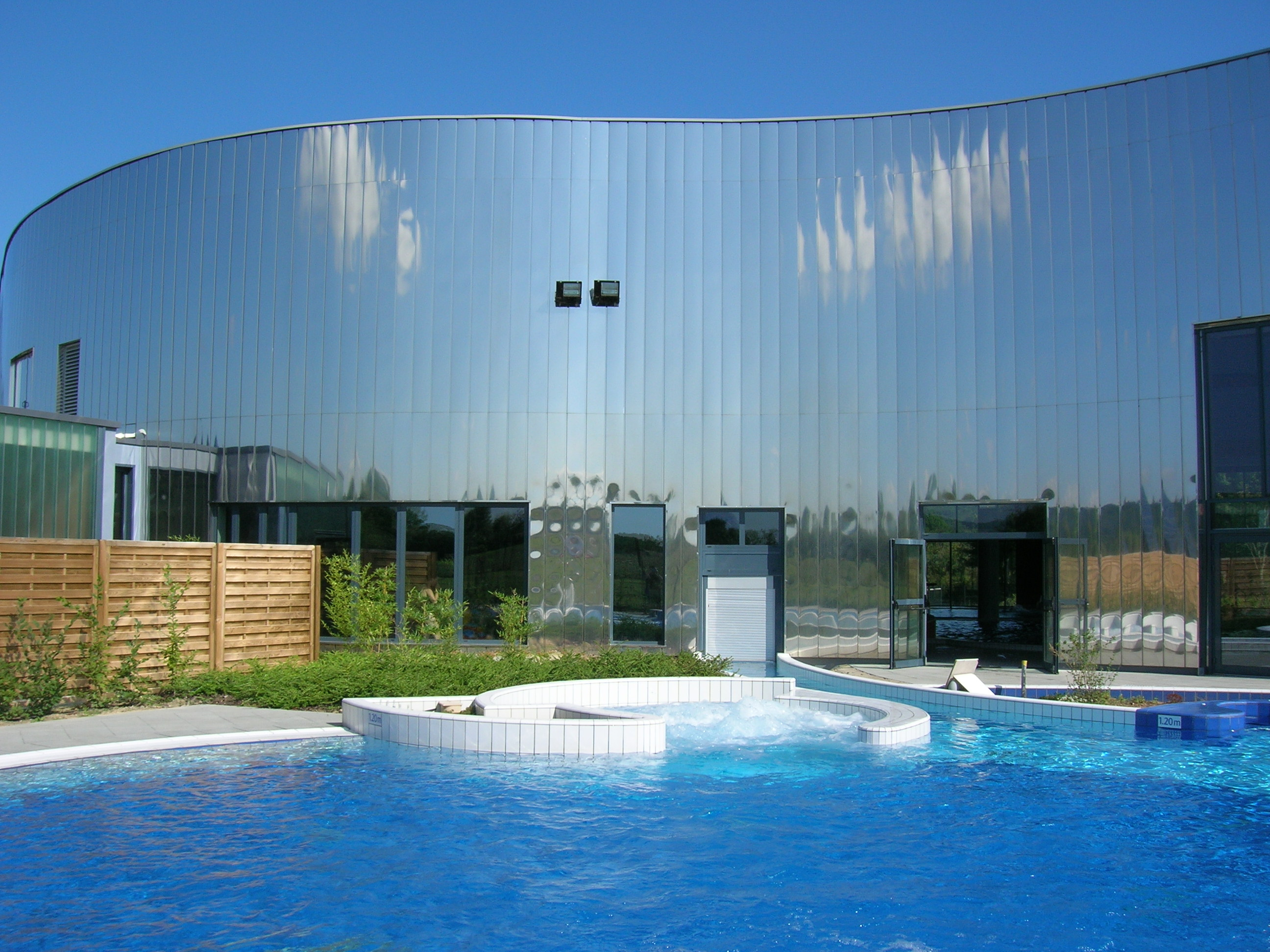 Baln or centre aqualudique saint amand montrond for Piscine de saint avold