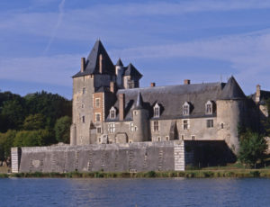 chateauchapelleangillon