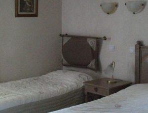 hotel-le-laurier-chambres-st-satur