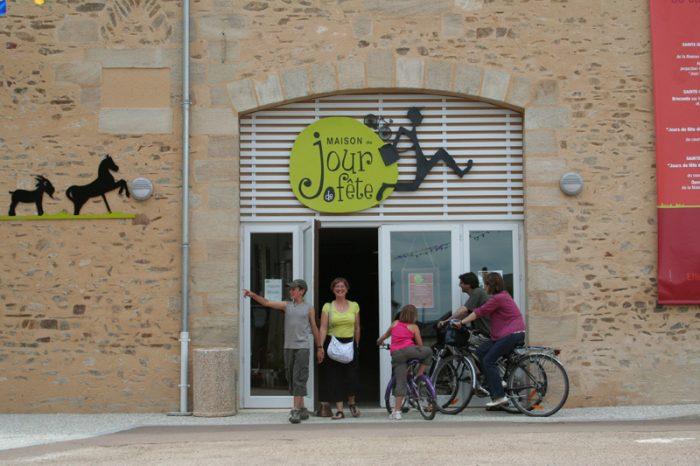Maison du film Jour de fête de Jacques Tati en Berry