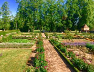 La Motte-Feuilly-jardin-potager-et-fabrique