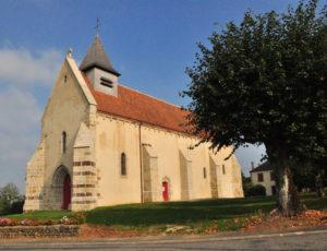 Église Saint-Sulpice à Roussines